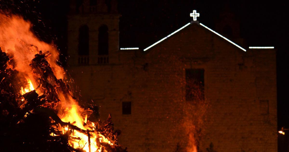 La tradizione dei falò in Puglia