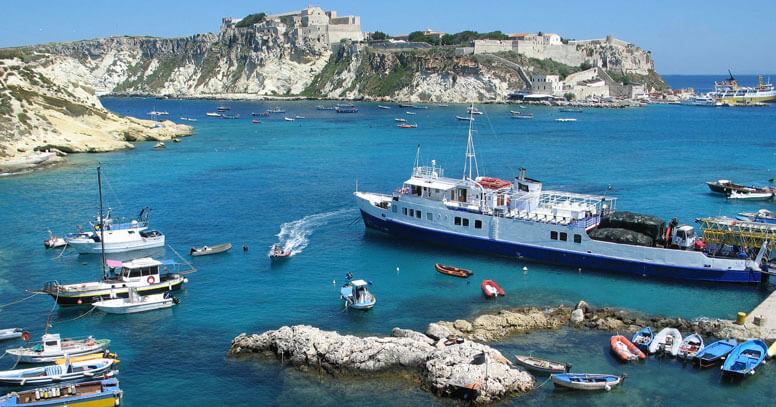 porto isole tremiti e traghetto