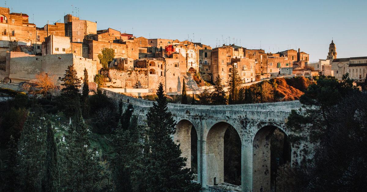 gravina di Puglia, vista ponte acquedotto