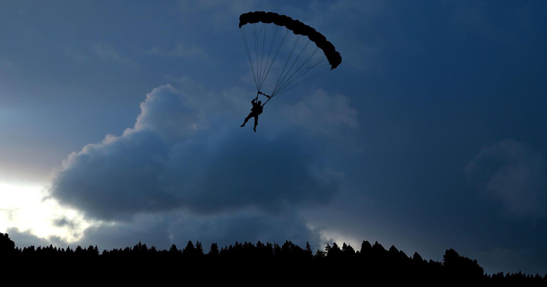 lancio paracadute puglia