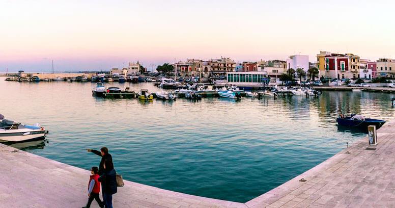 Savelletri porto
