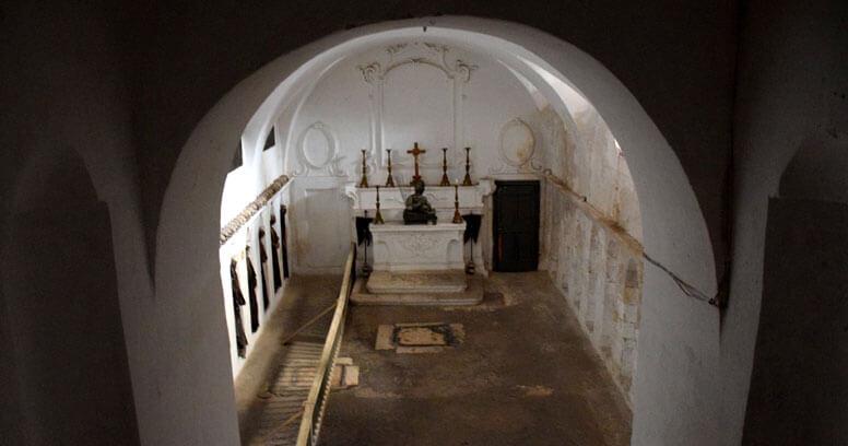 Oria cripta