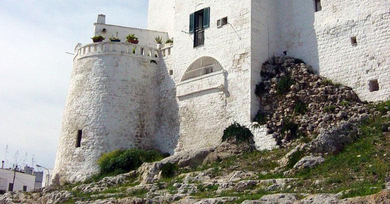 Mura di cinta di Ostuni